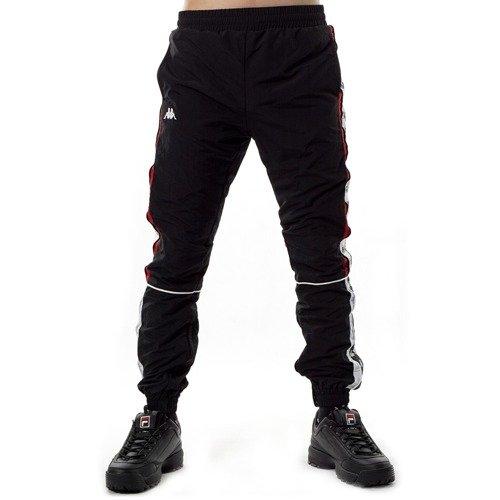 a8cb00ba9 ... Spodnie dresowe męskie Kappa Erik Tracksuit Pants black Kliknij, aby  powiększyć. 1